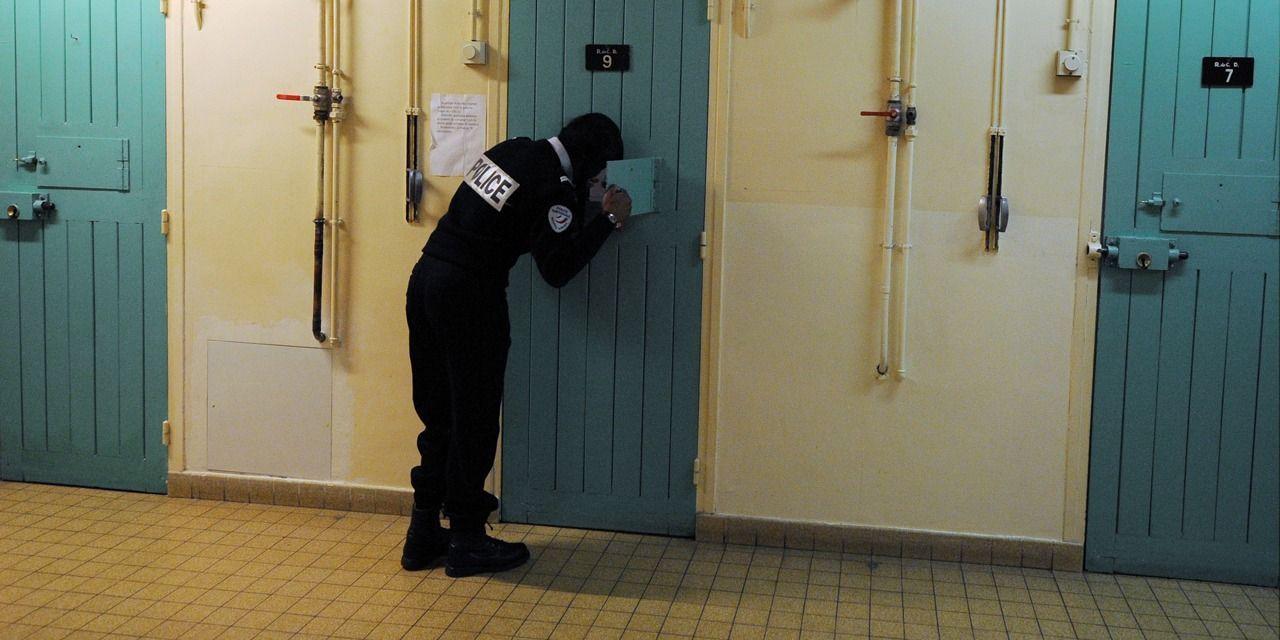 cc97dcc3c5 05/06/2019 - 22:20 Angoulême : suicide d'un détenu dans sa cellule,  poursuites envisagées contre l'État