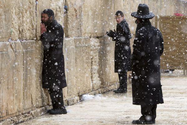 02.03 Jérusalem sous la neige. 930620