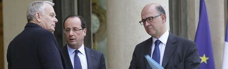 05.03.Bandeau.Moscovici.Ayrault.Hollande.Reuters.460.120