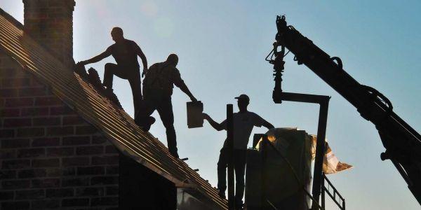 08.01.Batiment.Ouvrier.construction.BTP.PHILIPPE.HUGUEN.AFP.1280.640