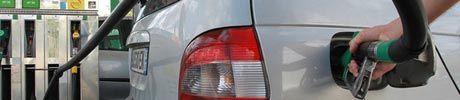 08.10.bandeau.essence.carburants.Reuters.460.100