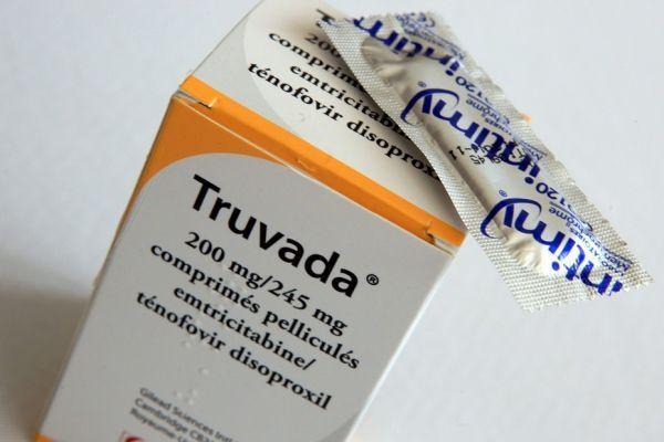 11.05 truvada traitement sida. 930620