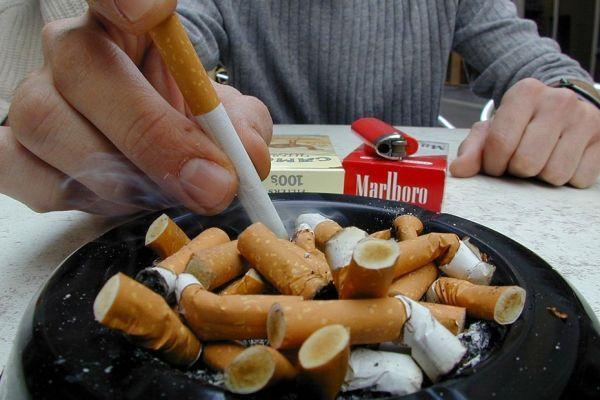 12.01 cigarette tabac arret. 930620