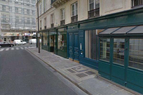 13.01 Hollande Gayet rue du cirque 930620