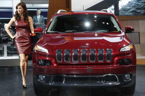 16.01.JeepCherokee.salon.auto.detroit.Reuters.930.620