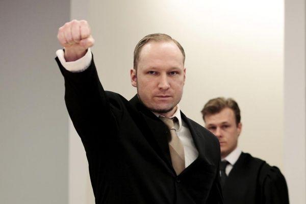 17.04-breivik-salut-930620