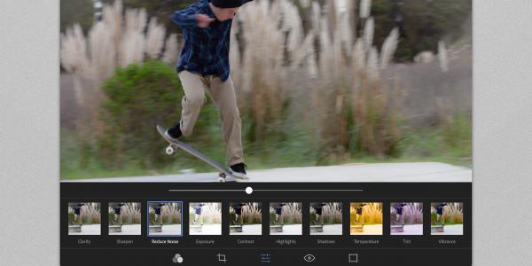 19.11 1280x640 Photoshop Express Application iPad