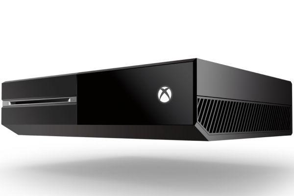 22.05 930x620 Xbox One Console