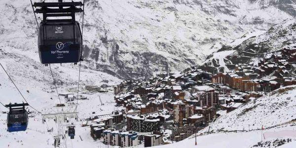 23.02.Station.ski.hiver.neige.telecabine.PHILIPPE DESMAZES.AFP.1280.640