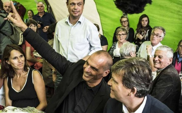 23.08.Montebourg.Varoufakis3.JEAN-PHILIPPE KSIAZEK  AFP.1280.640