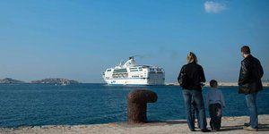 26.02.SNCM.Port.ferry.BERTRAND-LANGLOIS.AFP.1280.640