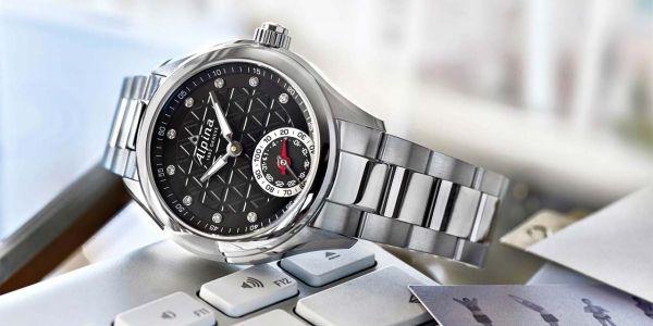 27.03 1280x640 Horological Smartwatch