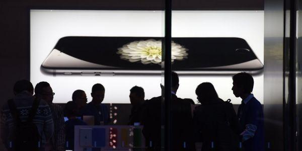 28.01 1280x640 Apple iPhone Chine