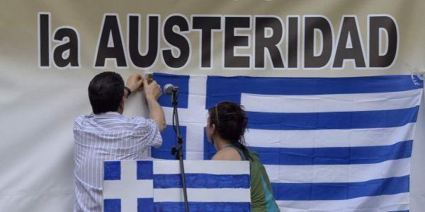 29.06.Grece.Athenes.drapeau.GERARD-JULIEN-AFP.1280.640
