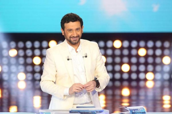 7/03/2014 Cyril Hanouna D8 930x620