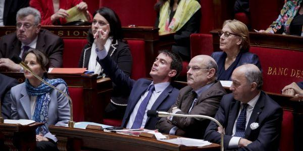 978x489 LeLab - Manuel Valls fait applaudir Jean-Marc Ayrault pour son retour à l'Assemblée nationale