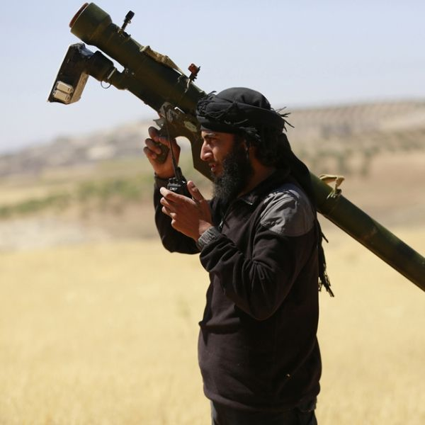 Al Nosra combattant Syrie 640