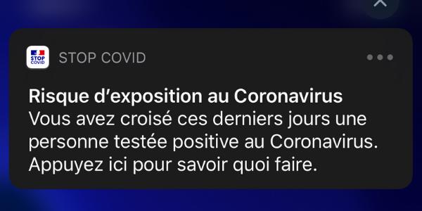 Capture d'écran de l'alerte envoyée par l'application StopCovid.
