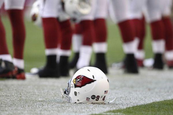 Arizona Cardinals (930x620)