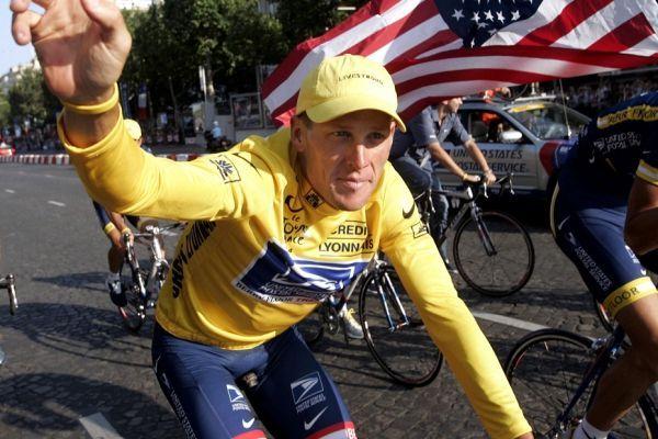 Armstrong sur le Tour 2004 (930x620)