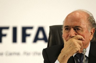 Blatter, l'été au Qatar...