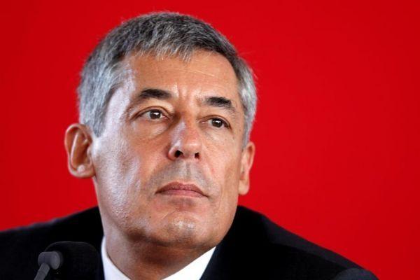 """C'est au peuple de décider"""", a lancé l'UMP Henri Guaino, avant de réclamer une nouvelle fois un référendum"""