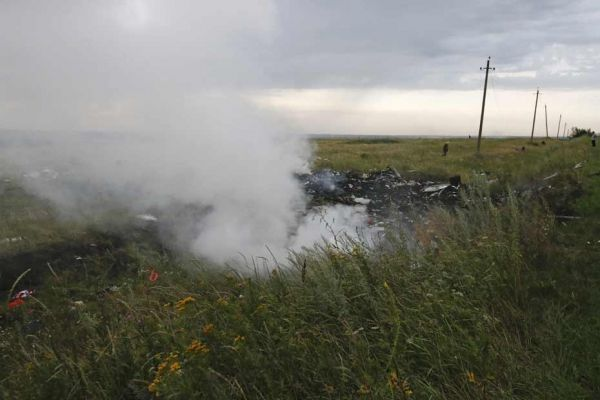 Crash malaysia airlines MH17 débris avion REUTERS
