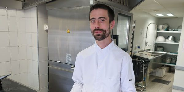 cuistook - Guillaume Godin's fruit pavlova recipe - Europe 1