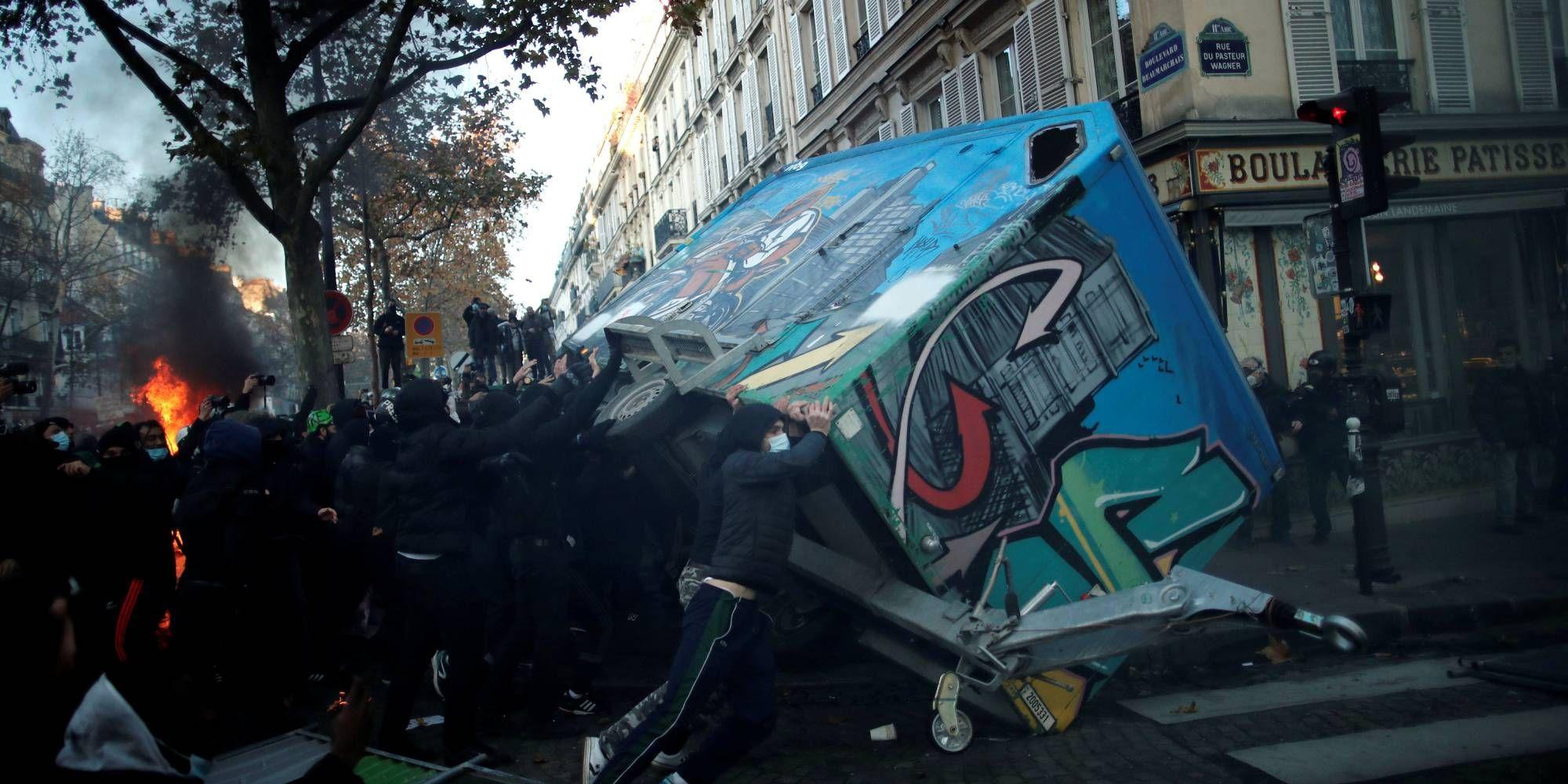 Des casseurs se sont invités en fin de défilé parisien.