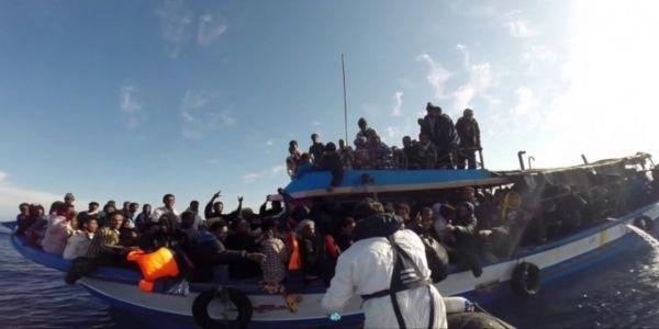 Des migrants secourus au large de l'Italie - 1280-640