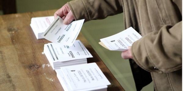 Election départementale bureau de vote AFP 1280