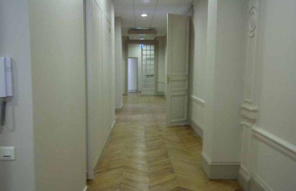 entrée bureaux sarko 930