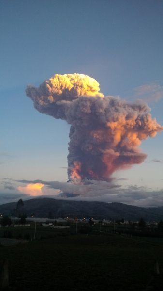 Éruption du volcan équatorien Tungurahua