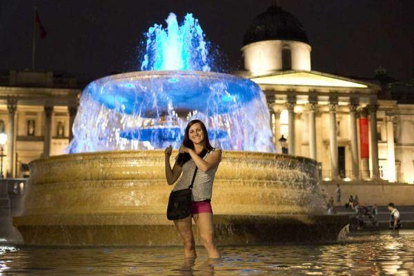 fontaine-bleue-reuters