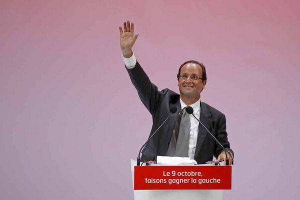 François Hollande en meeting à Paris