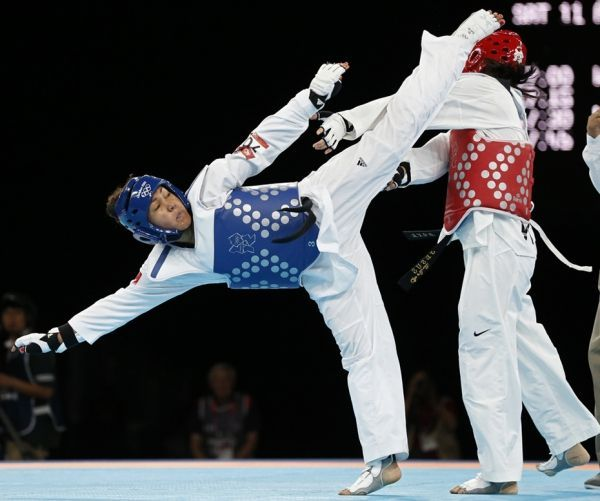 Graffe en taekwondo (930x620)