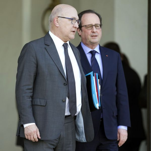 Hollande-Sapin-640