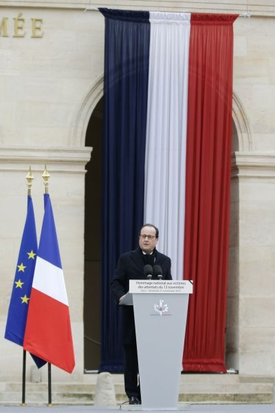 Hommage invalides discours Hollande