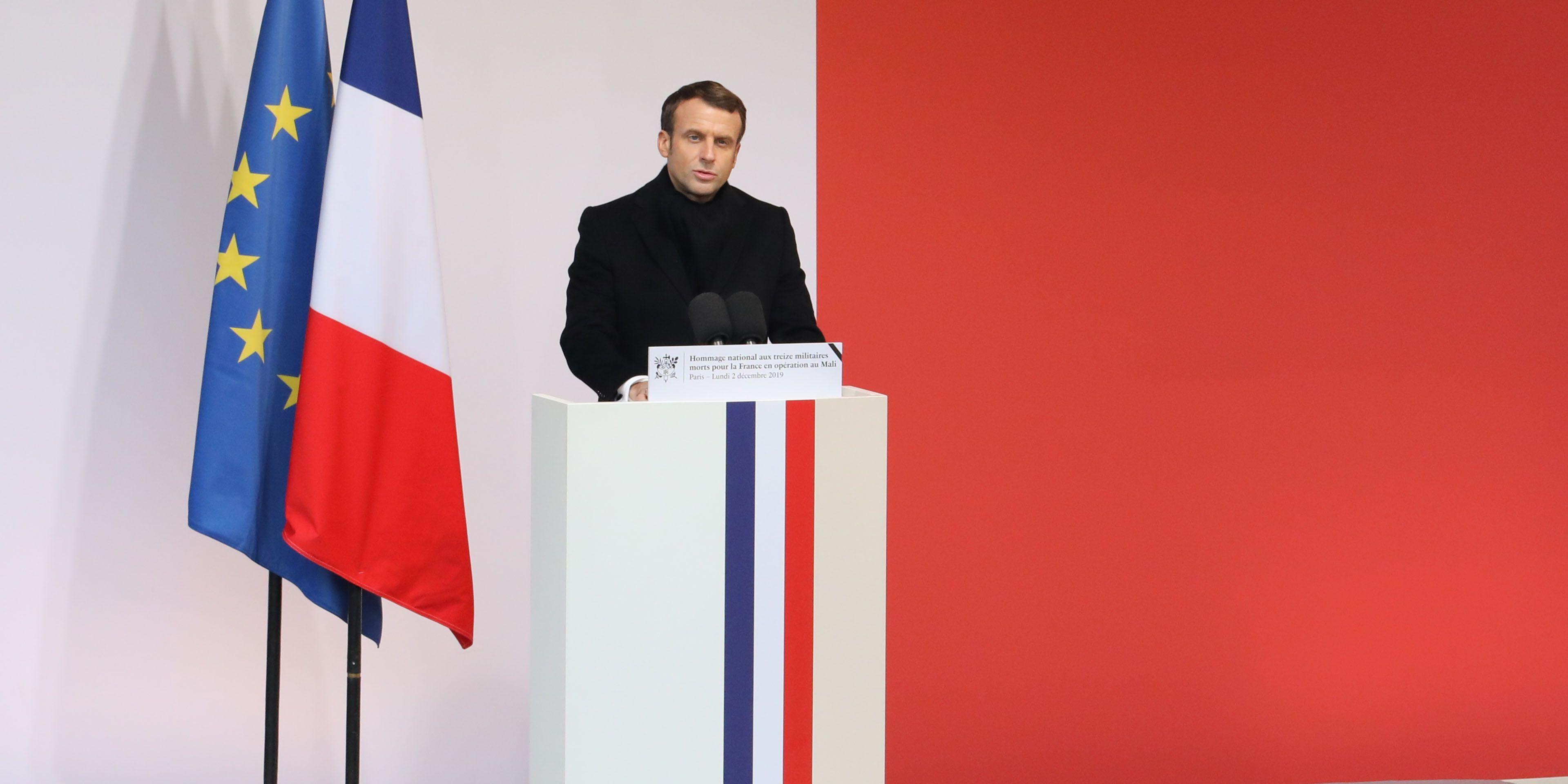 hommage Macron