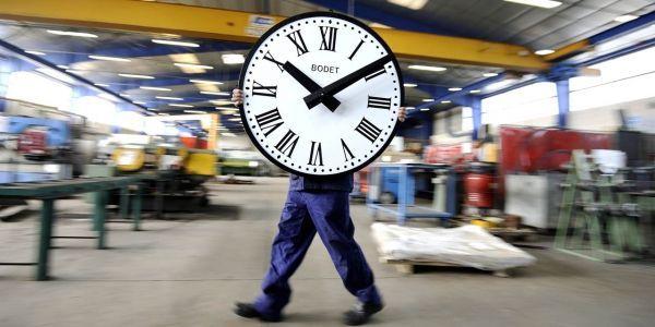 Horloge usine temps de travail durée légale du 35h 45h Suisse