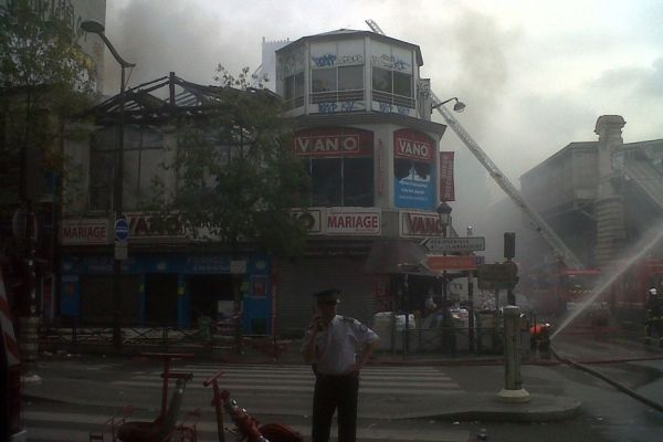 incendie magasin Vano Barbès 930x620