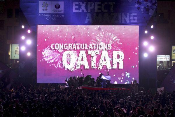 L'écran signalant la victoire du Qatar (930x620)