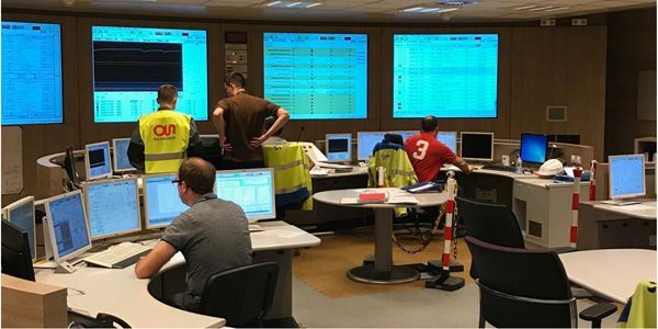 La salle des commandes de l'EPR de Flamanville, entièrement automatisée, peut changer de source d'alimentation électrique en cas de panne.