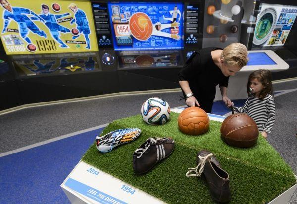FABRICE COFFRINI / AFP Le musée de la Fifa