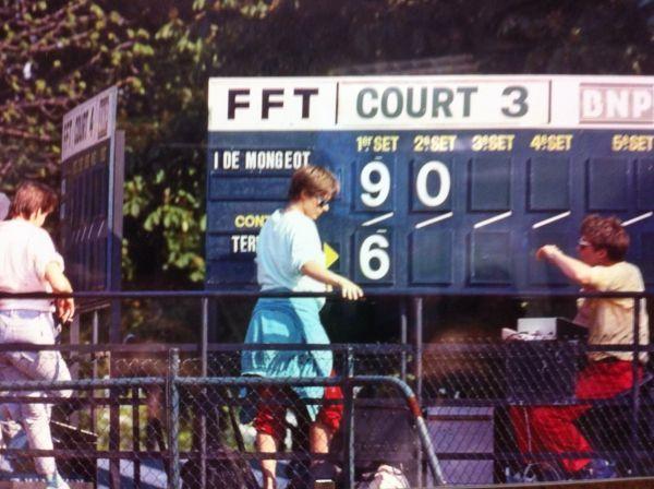Marqueurs panneaux scores Roland Garros tennis début années 80 DR