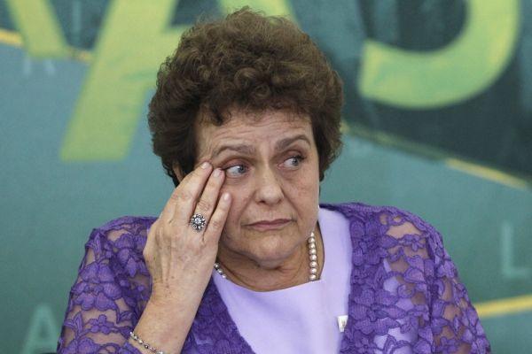 Ministre brésilienne du droit des femmes (930x620)