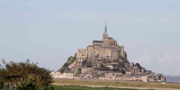 mont-saint-michel-1280x640