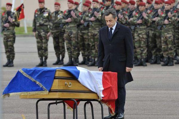 montauban hommage sarkozy cercueil REUTERS 930620