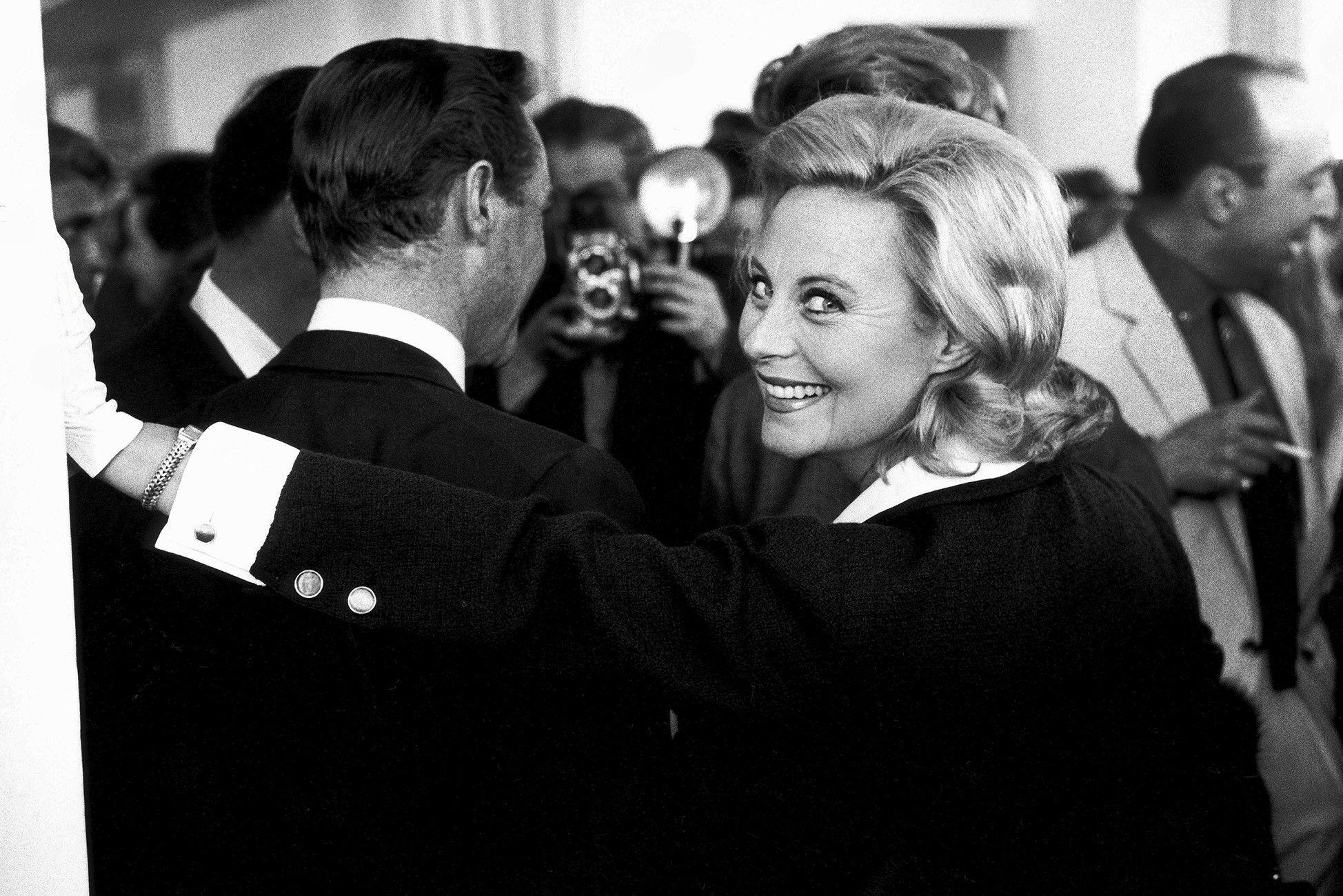 """Photo de Michèle Morgan dans """"Paris Match"""""""