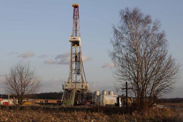 puits d'extraction de gaz de schiste en Pologne